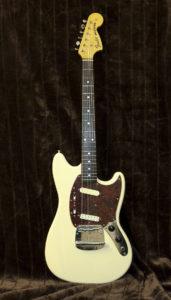 Fender Mustang - E-Gitarrenguru.de